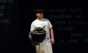 cirano-racconta-cirano(06)